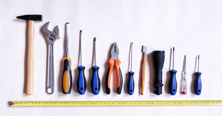 Kinderhochbett Tools