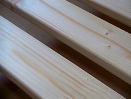 Qualitätsmarkenprodukt von TUGA - Holztech stabilstes einlegefertiges unbehandeltes Naturprodukt Rollrost Lattenrost 90x200cm weit über 300Kg Flächenlast Qualitätsarbeit aus Deutschland mit 10 Jahren Garantie inkl Befestigungskit - 1