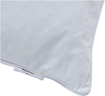AmazonBasics Kissen mit Baumwollbezug, 65 x 65 cm, Packung mit 2 Stück - 2